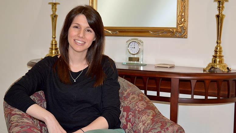 Lauren Fleck sitting in a chair